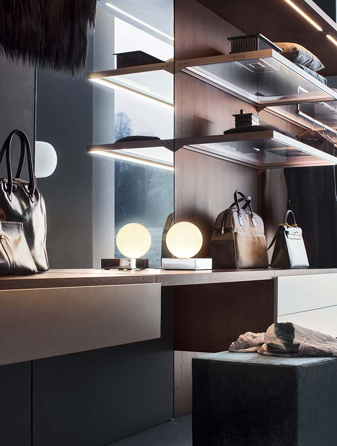 modern italian customized walk-in closet system Pianca