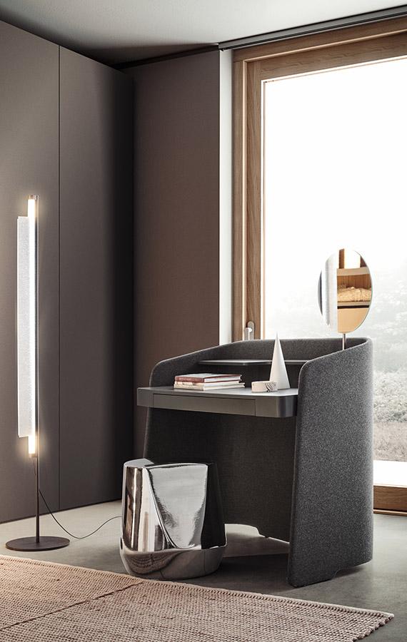 scrittoio chloe vanity con cassetto, ripiano e specchio design Emmanuel Gallina per Pianca