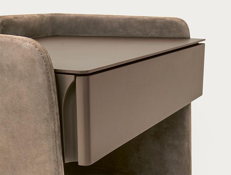 detail of chloe drawer design Emmanuel Gallina for Pianca