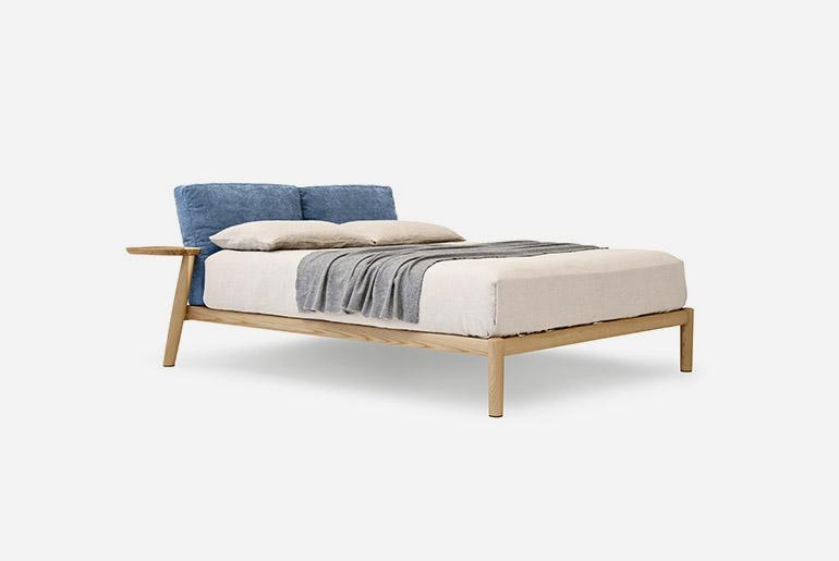 modern italian bed design Pianca