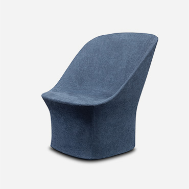 esse longe with swiveling base in blue fabric design Philippe Tabet