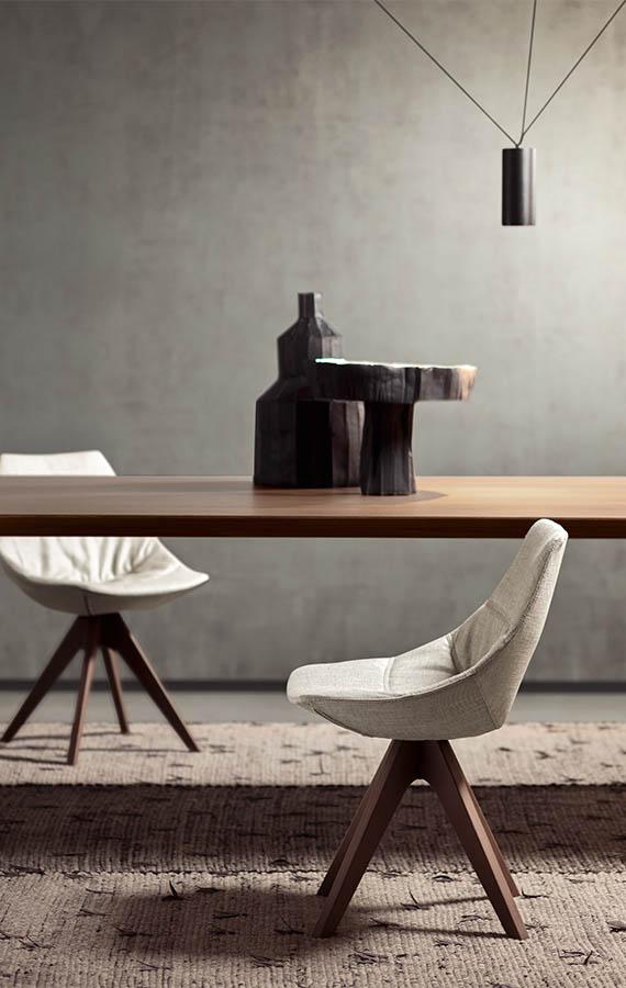 gamma sedia moderna di design imbottita con rivestimento in tessuto sfoderabile e gambe in legno massello pianca