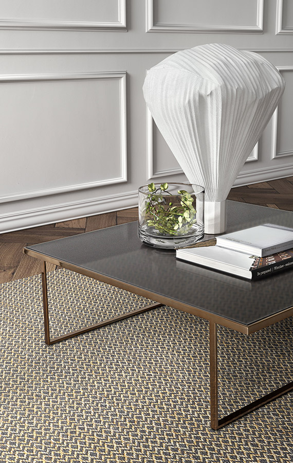 icaro coffetable with metal structure and glass top pianca