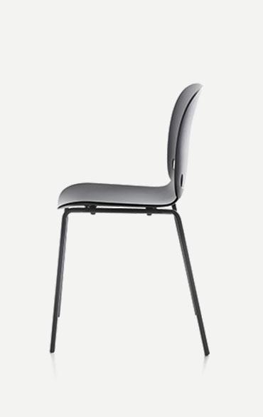 intro chair made in polyamide in lavagna color designed by Odo Fioravanti per Pianca