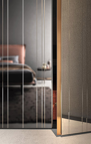 wardrobe with hinged mirror doors Pianca