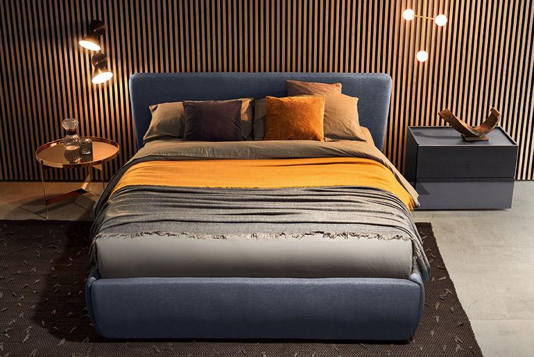 rialto upholstered bed designed by Emmanuel Gallina per Pianca