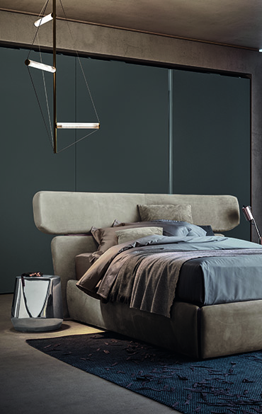 upholstered bed in leather with storage base rialto designed by Emmanuel Gallina per Pianca