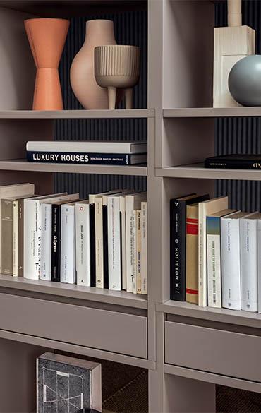 libreria composta con moduli ad incastro design ferruccio laviani per pianca