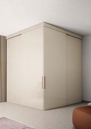 sistema di chiusura o di divisione parete in vetro laccato colore beige Pianca