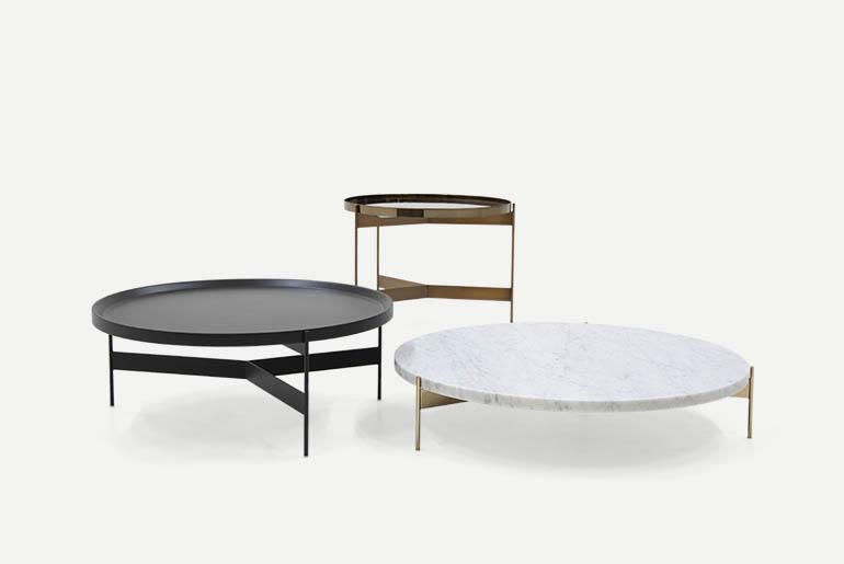 tavolini abaco con struttura in metallo verniciato e piano in laccato o marmo o vetro marmo pianca