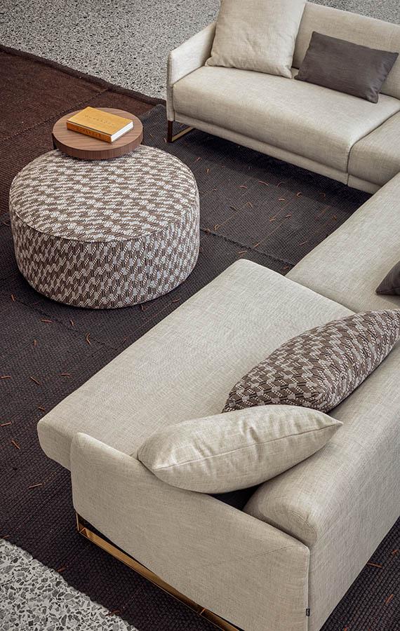 https://pianca.com/wp-content/uploads/2019/04/Asolo-sofa-PIANCA_08_BIG_V.jpg