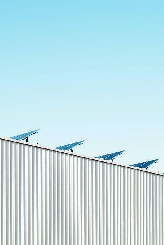 Pannelli fotovoltaici pianca sostenibilità